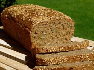 cual es mejor pan blanco o pan integral