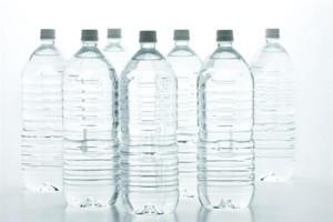 se adelgaza bebiendo agua tres litros diarios